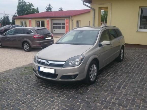 Autókölcsönzés Opel Astra H