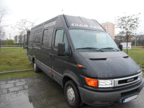 kisteherautó kölcsönzés Iveco 35